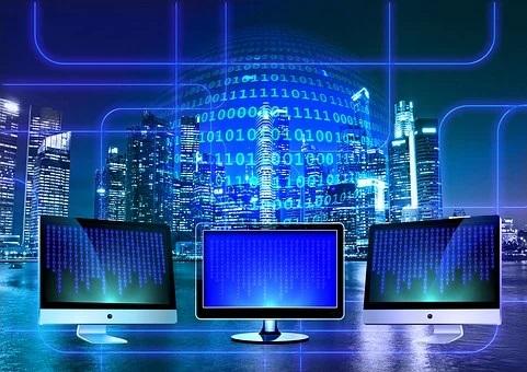 Projekty cyfrowe i nowoczesne technologie w naszej szkole.